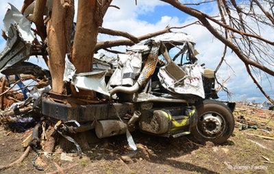 Joplin-tornado-damage.jpg