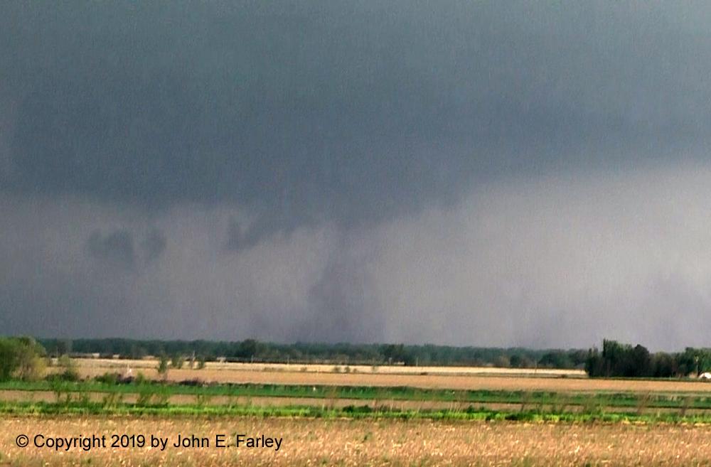 vidcap of likely 2nd tornado-fb.jpg