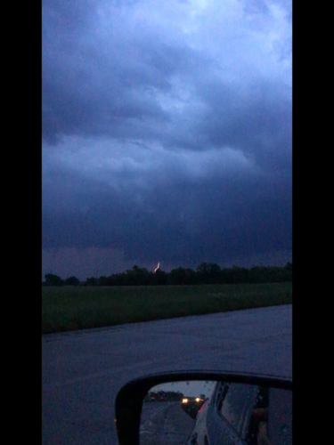 Wall cloud N of Chouteau 1.png