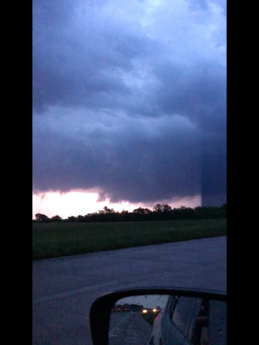 Wall cloud N of Chouteau 2.png