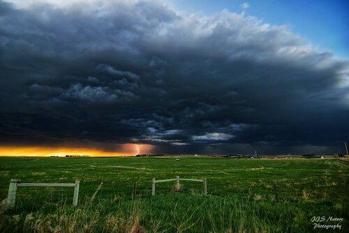 Wyoming lightning.jpg