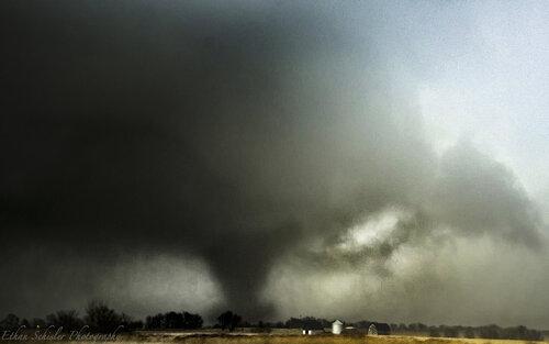 Naplate IL EF3 Tornado.jpg