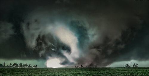 Kirkwood, IL tornado.jpg